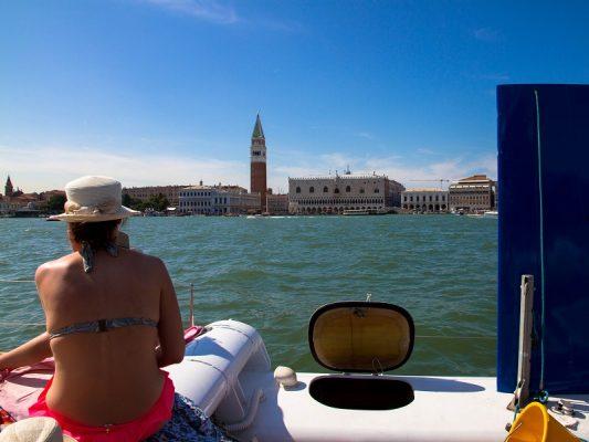 escursione-venezia-catamarano-2