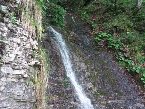 Lago del Corlo Arsié escursioni montagna Veneto