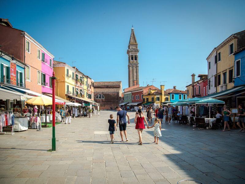 Cosa visitare Burano Piazza Galuppi