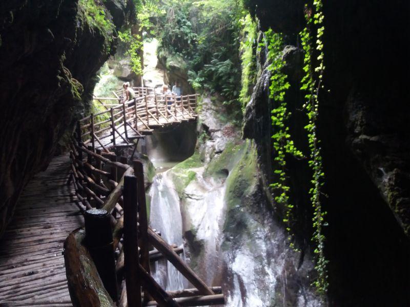 Passeggiate veneto Grotte del Caglieron