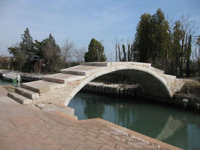 Visitare Torcello Ponte del Diavolo