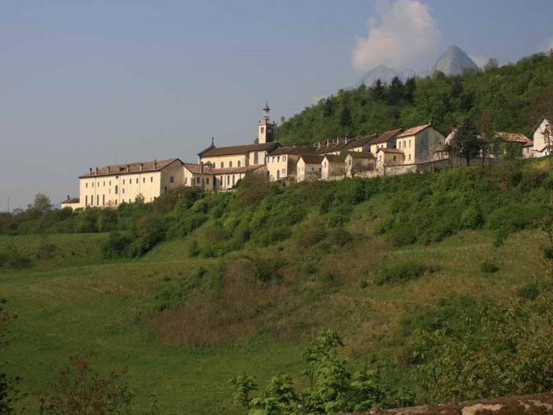 Escursioni Parco Nazionale Dolomiti Bellunesi Certosa di Vedana